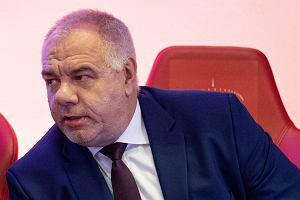 Jacek Sasin szykuje się do politycznej korridy? Zagadkowy wypad do Madrytu