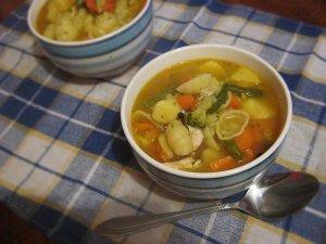 Rozgrzewająca zupa z curry