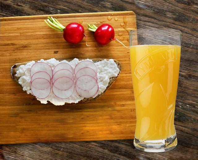 22 proc. Polaków pije do śniadania sok