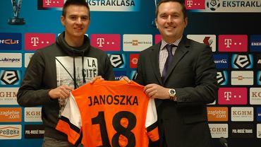 Łukaszowi Janoszce przenosiny do Zagłębia Lubin z pewnością opłaciły się finansowo. Ale sportowo już nie.
