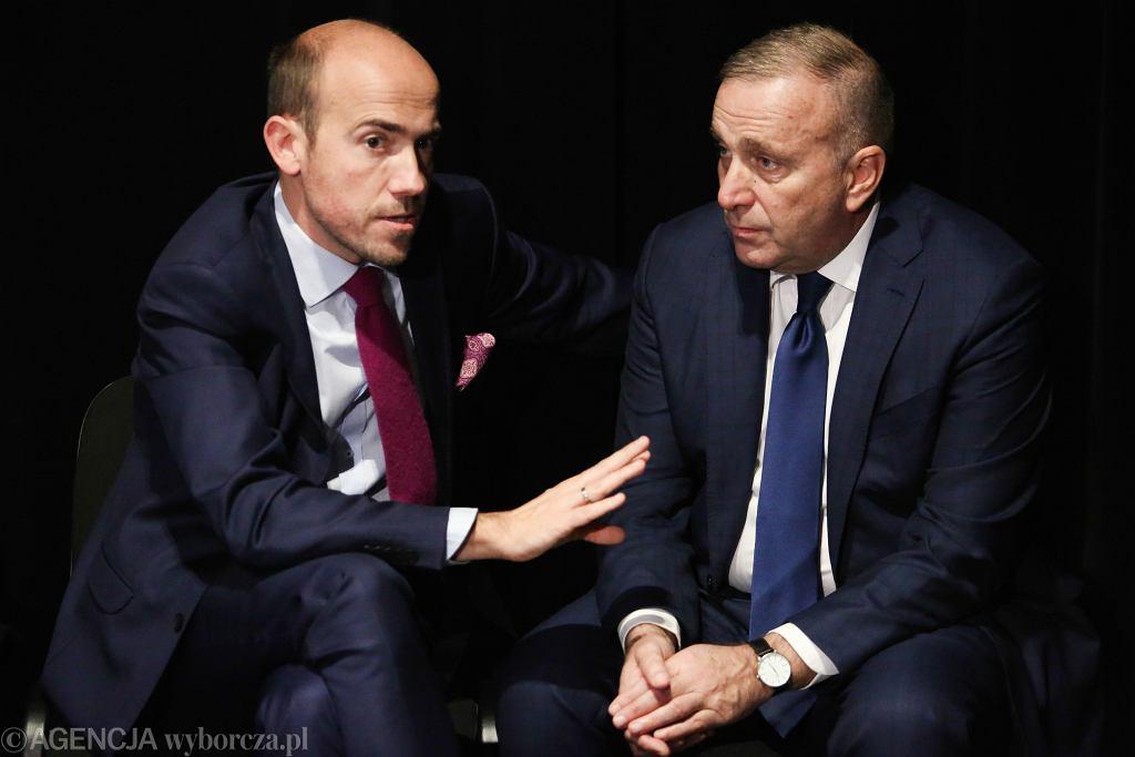 Borys Budka i Grzegorz Schetyna podczas posiedzenia Gabinetu Cieni PO. Karków, Dom Rzemiosła Artystycznych, 10 października 2018