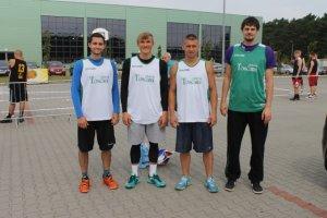 Kalinowski i bracia Matczak wygrali otwarte mistrzostwa Lubuskiego w koszykówce 3x3