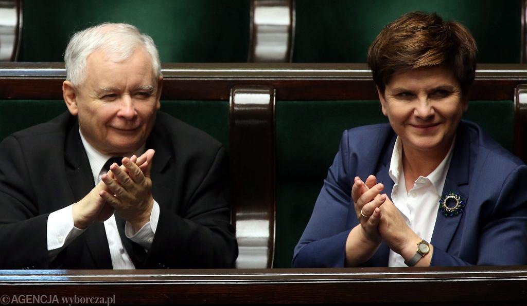 Jarosław Kaczyński i Beata Szydło podczas posiedzenia Sejmu.