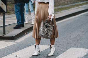 Trendy 2020: plisowane sukienki i spódnice na wiosnę! Poczuj się lekko i pięknie już dziś