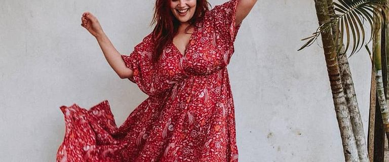 Moda plus size - 11 rzeczy, które warto mieć. Zobacz ponadczasowe ubrania, w których poczujesz się kobieco!
