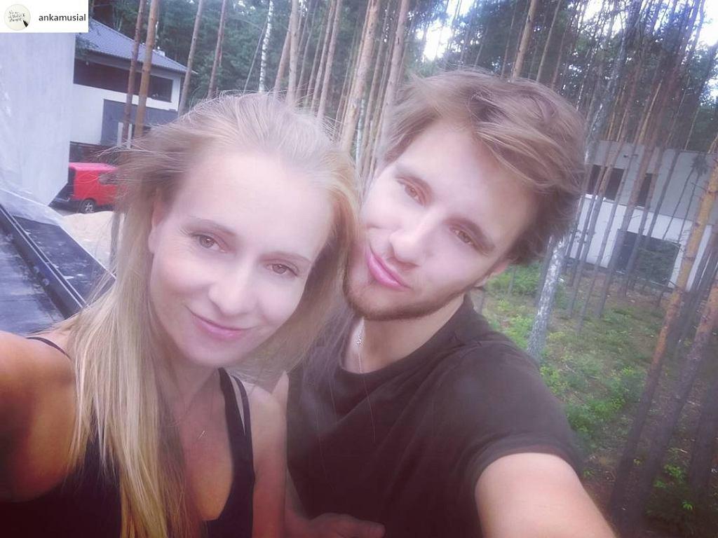 Maciej Musiał z mamą, Anną Musiał
