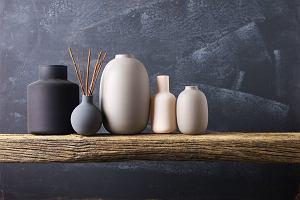 Wazon ceramiczny do salonu - idealna dekoracja wnętrza. Wybór redakcji