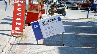 Viagra - zamienniki. Czy są dostępne bez recepty?