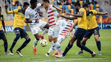 Mistrzostwa świata do lat 20, Gdynia. Ekwador - USA 2:1.
