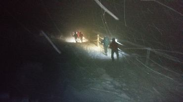 Turysci nie mogli zejsc ze Sniezki. Pomogl GOPR