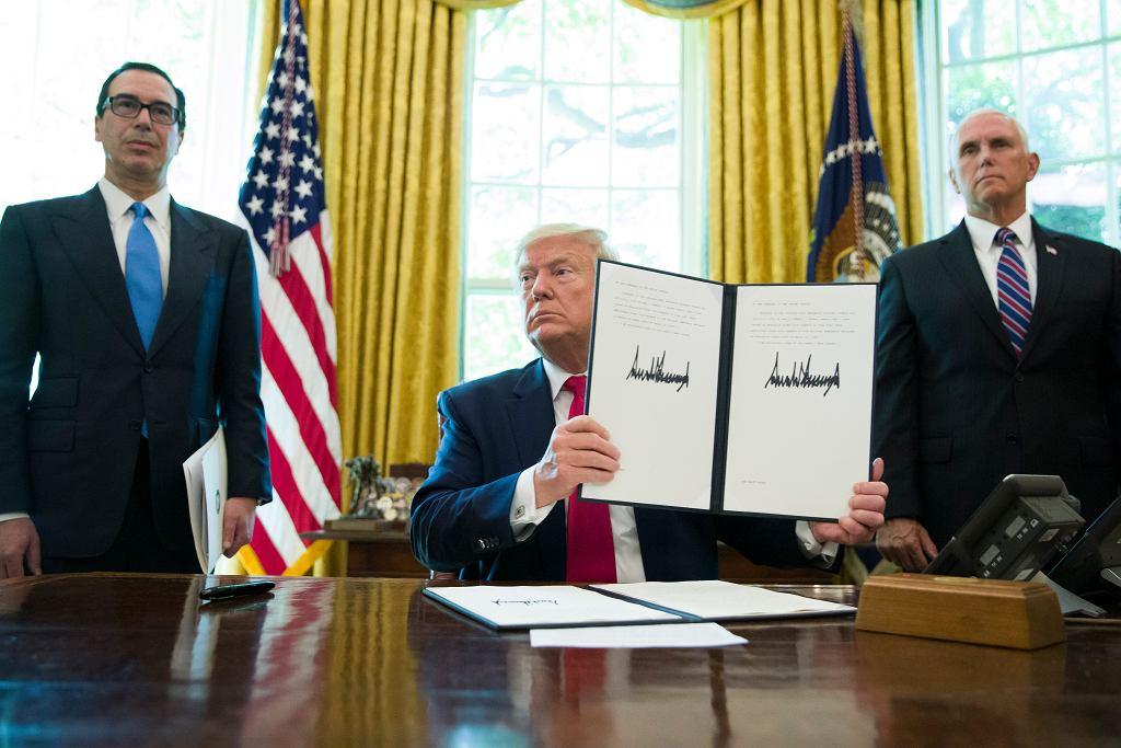 Prezydent USA Donald Trump podpisał nowe sankcje na Iran