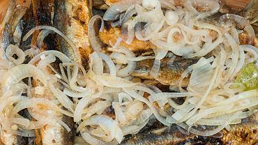 W zalewie octowej można przygotować wiele ryb. Bardzo dobre będą płotki, karpie, szczupaki, ale także dorsz czy sandacz
