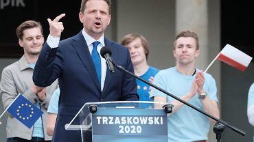 Wybory prezydenckie 2020. Rafał Trzaskowski w Poznaniu. Na pl. Wolności czekał na niego tłum ludzi