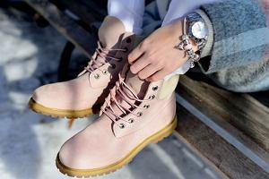 Damskie trapery do 150 zł - najmodniejsze buty na tegoroczną jesień