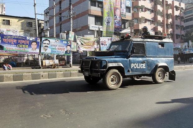 Policja w Bangladeszu