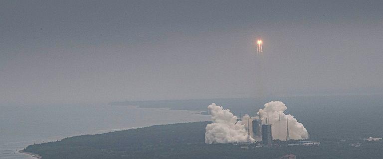 Koniec Długiego Marszu. Szczątki rakiety spadły do Oceanu Indyjskiego