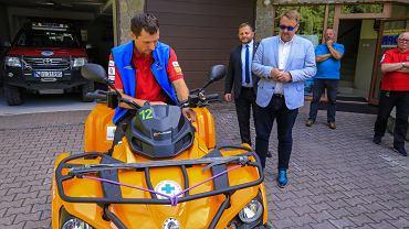 Ratownicy GOPR dostali nowego quada z przyczepką