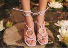 Wyprzedaż sandałów z sieciówek - wybieramy buty na co dzień i na wyjątkowe okazje w atrakcyjnej cenie