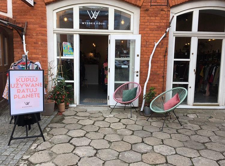 Wysokie Półki to pierwszy w Łodzi sklep w duchu idei less waste. Koronawirus doprowadził go na skraj bankructwa. Na zdjęciu stara siedziba sklepu na OFF Piotrkowskiej