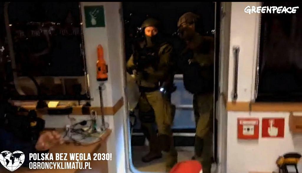 Straż Graniczna weszła na żaglowiec Greenpeace