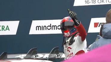 Zadowolony Robert Kubica po zajęciu 3. miejsca
