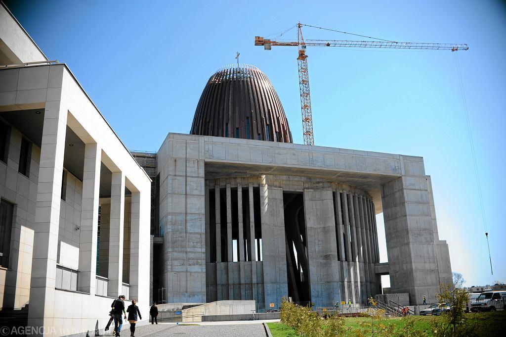 Budowa kopuły Świątyni Opatrzności Bożej