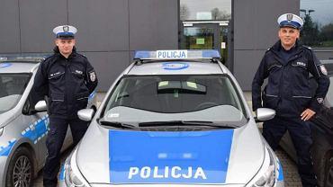 Pomoc policjantów