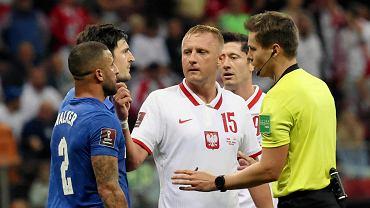 Kamil Glik i Kyle Walker w meczu Polska - Anglia