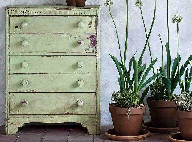 Farba kredowa: malowanie mebli DIY
