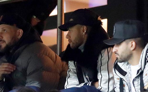 Neymar wyjedzie do Brazylii, by poddać się leczeniu