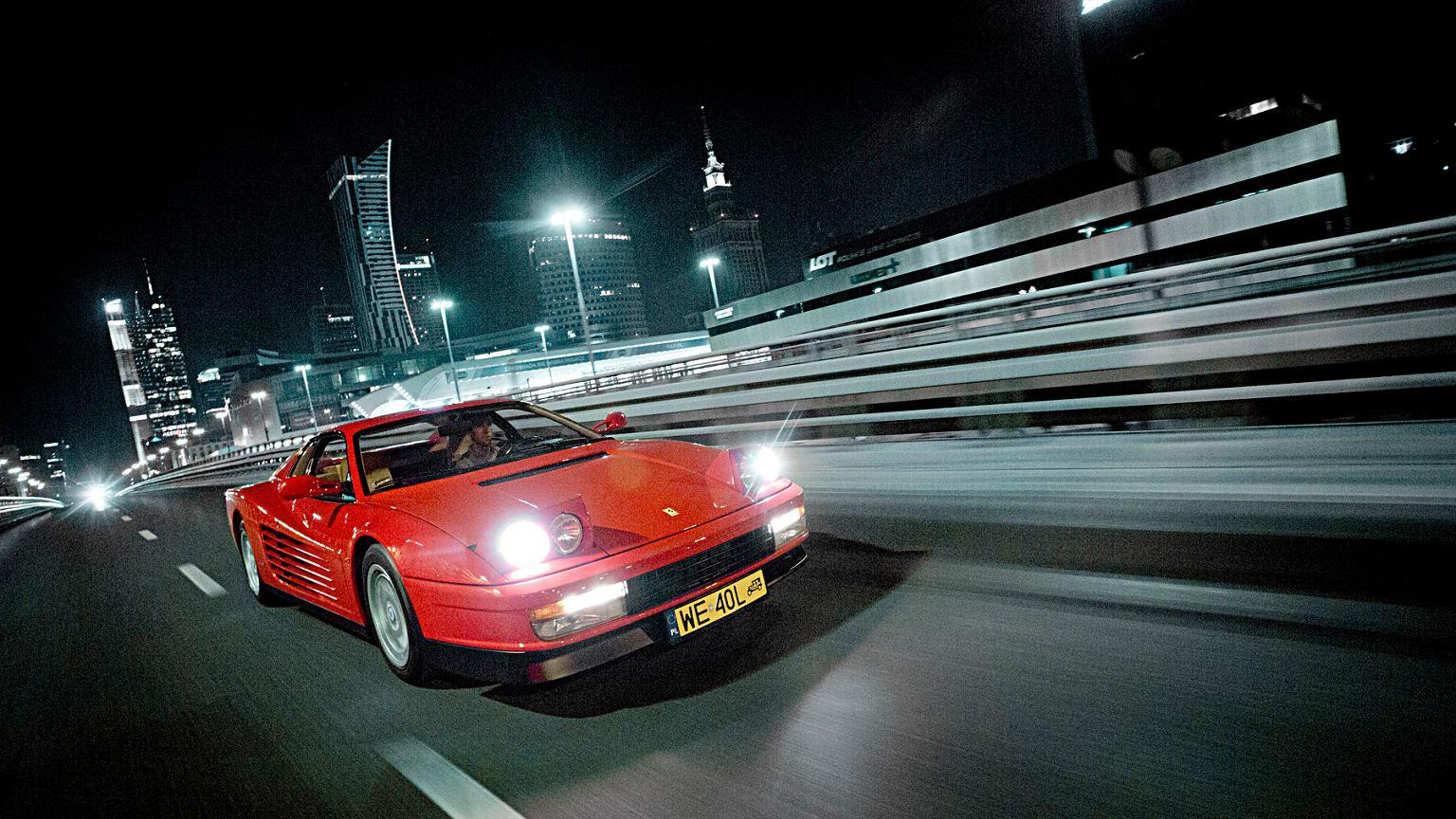 Asystent jazdy nocnej - jak działa, ile kosztuje, czy warto?