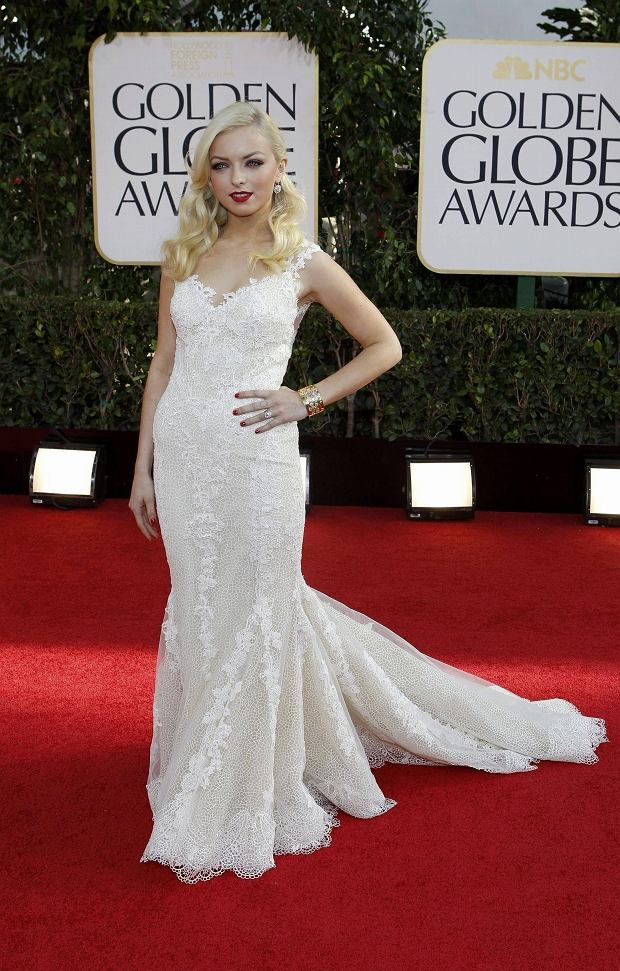 Francesca Eastwood, Miss Golden Globe 2013, poses as she arrives at the 70th annual Golden Globe Awards in Beverly Hills, California, January 13, 2013.   REUTERS/Mario Anzuoni (UNITED STATES  - Tags: ENTERTAINMENT PORTRAIT)   (GOLDENGLOBES-ARRIVALS)