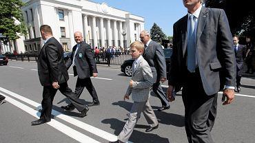 Aleksandr Łukaszenka i jego syn Kola po uroczystości zaprzysiężenia prezydenta Ukrainy Petro Poroszenki, Kijów, 7 czerwca 2014