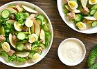 Sałatka z tuńczykiem i jajkiem, czyli znakomity pomysł na lunch i wieczorne przyjęcie