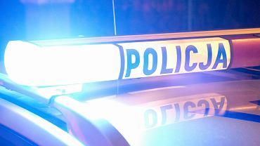 Kilkakrotnie raniła matkę nożem. Policja zatrzymała 15-latkę