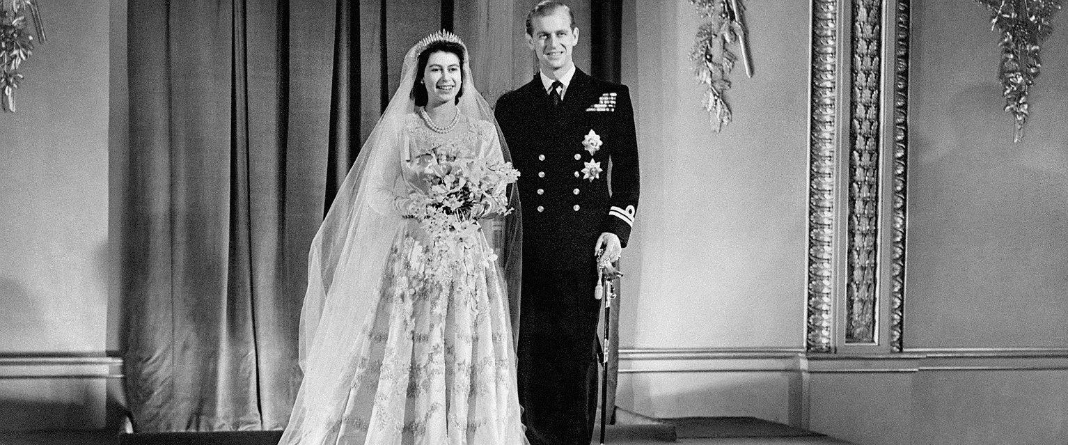 Elżbieta i Filip w dniu ślubu (fot. Eastnews)