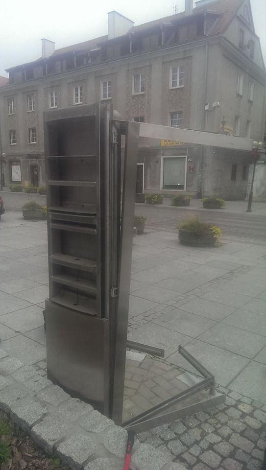 Zdjęcie numer 4 w galerii - Uratował ostatnią budkę telefoniczną w mieście. Będzie atrakcją?