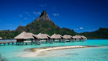 Domy na palach. Bora Bora