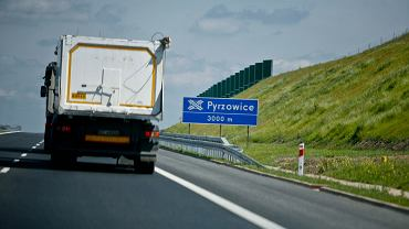 Zjazd na S1 i lotnisko Pyrzowice z A1