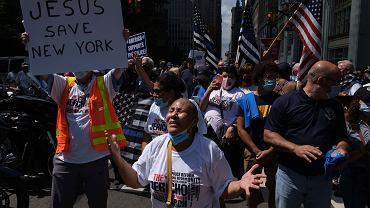 Uczestnicy demonstracji wspierającej nowojorską policję (zdjęcie ilustracyjne)