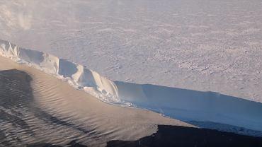 Lód na Antarktydzie 'śpiewa'