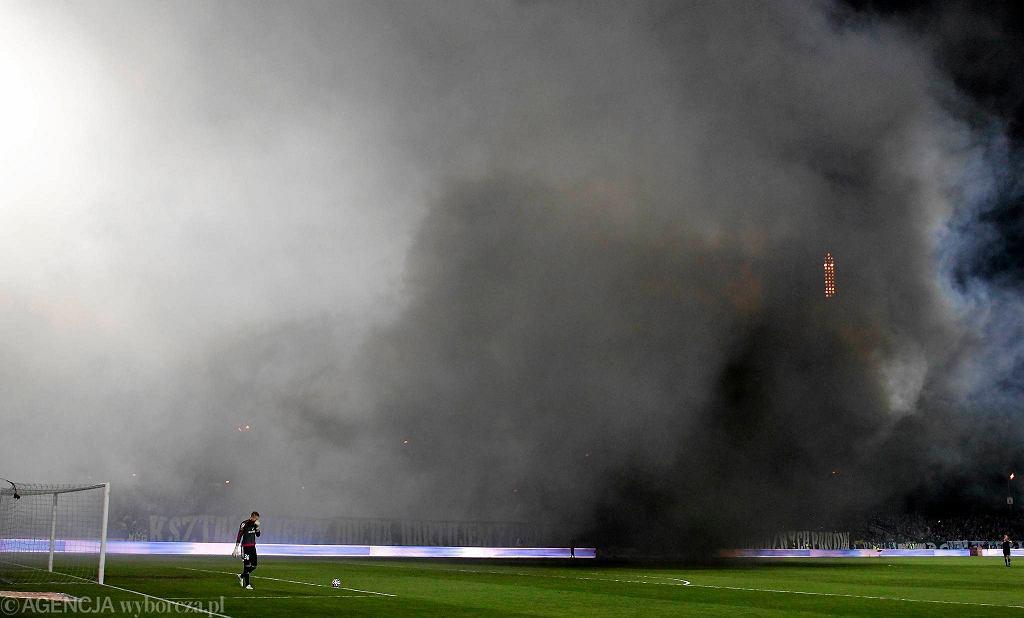 Zadymienie na meczu Ruch Chorzów - Legia Warszawa