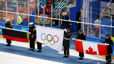 Zamiast rosyjskiej flagi wciągano olimpijską