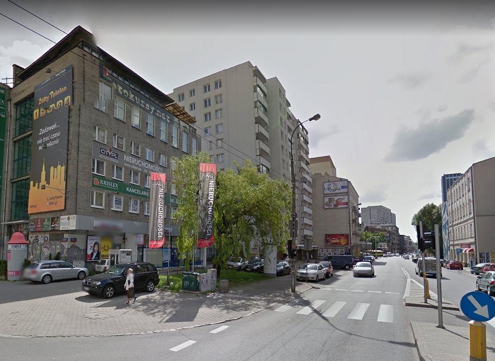 Skrzyżowanie ulic Żelaznej i Ogrodowej na warszawskiej Woli