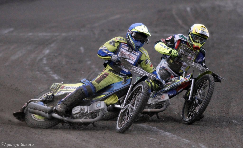 Kenneth Bjerre (z lewej) i Chris Holder