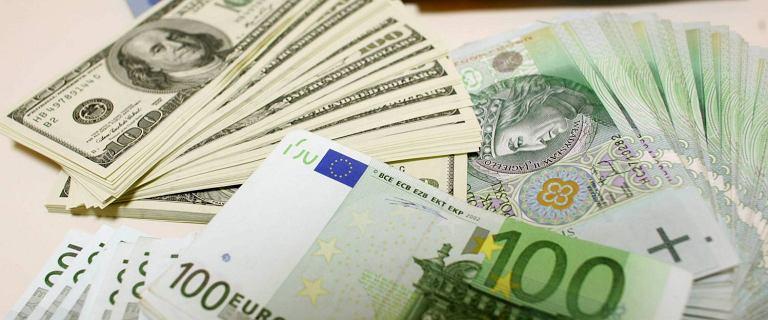 Kursy walut 16.10 o godz. 7. Główne waluty na stabilnym poziomie