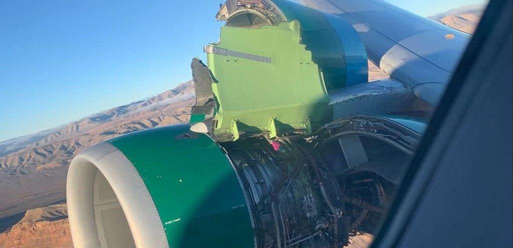Amerykański samolot linii Frontier Airlines stracił osłonę silnika