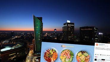 Warsaw Poke i panorama stolicy
