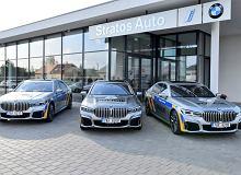 """Nasza policja jeździ BMW serii 3, a Czesi przesiadają się do hybrydowych """"siódemek"""""""