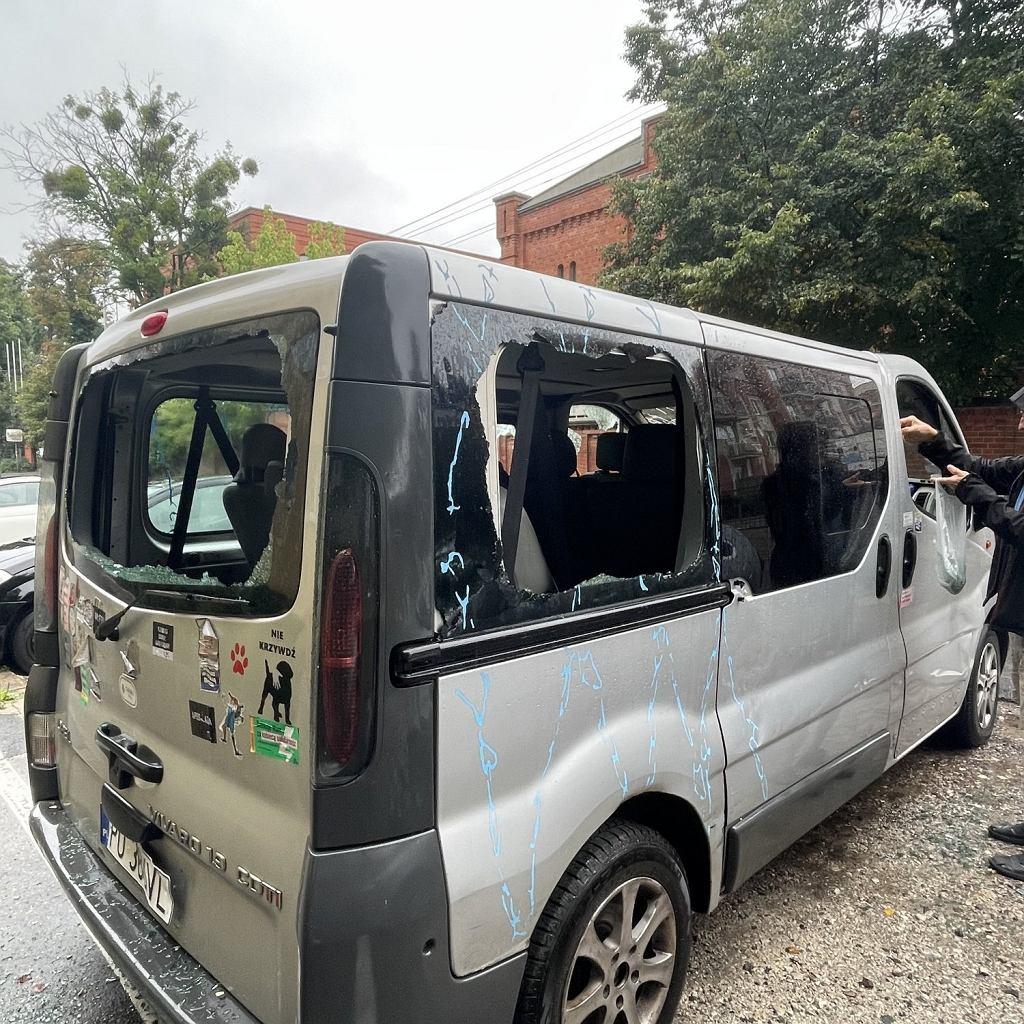 Zniszczone auto Beaty Łukaszewskiej.